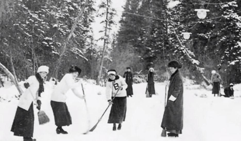 Photo of Moonshine Lake ice skating Glenbow Archives